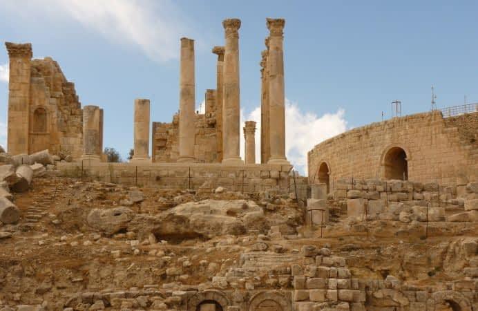 El Templo de Artemisa y las Iglesias bizantinas de Gerasa