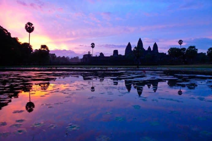 VIETNAM Y CAMBOYA : Budismo y Cristianismo